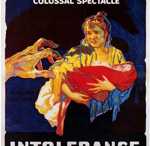 Three sentence movie reviews: Intolerance