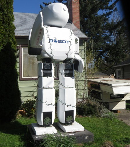 Giant Robot in Yard